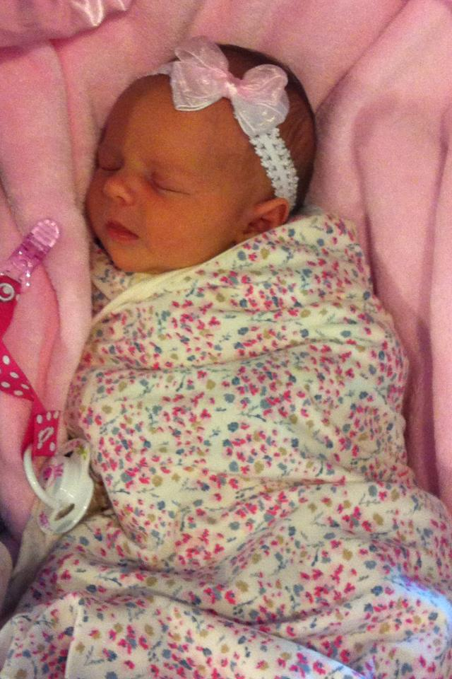 newborn, Evie Grace
