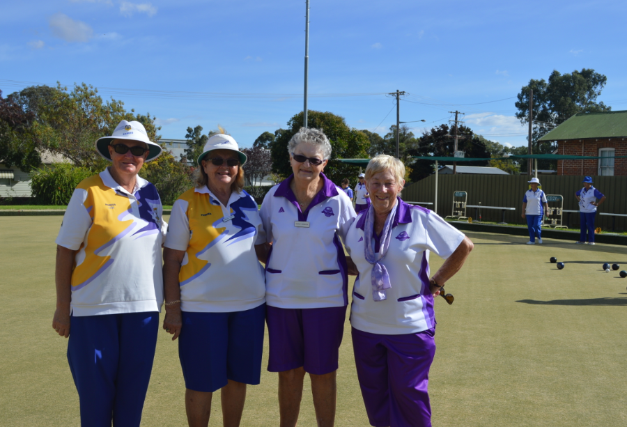Gwen Carty and Liz Byrnes from Parkes and Nancy Morrow and Di Slattery from Canowindr
