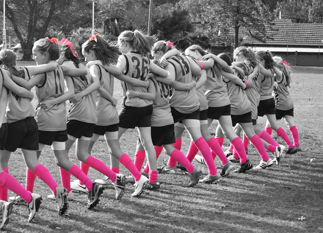 PSD-pinked up footy girls