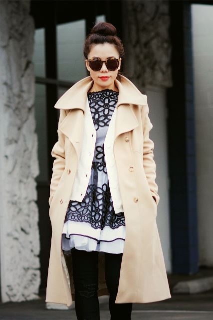 HallieDaily-Winter-Day-Layers-in-Reiss-Coat-JBrand-Jeans_5
