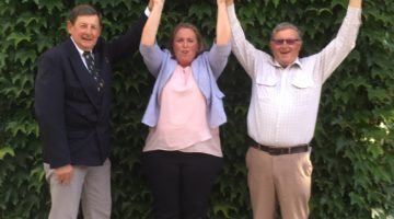 Hands Up For Better Transport Links
