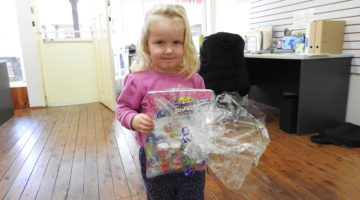 Canowindra Kids Get Involved For Christmas In July